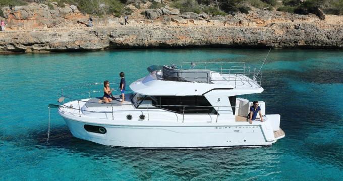 Rental Motorboat in Pula - Bénéteau Swift Trawler 30