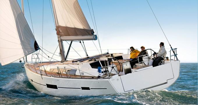 Boat rental Dufour Dufour 500 GL - 5 cab. in Castellammare di Stabia on Samboat