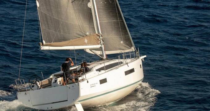 Rental yacht Castellammare di Stabia - Jeanneau Sun Odyssey 410 on SamBoat