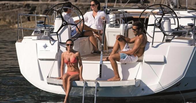 Rental yacht Castellammare di Stabia - Jeanneau Sun Odyssey 509 on SamBoat