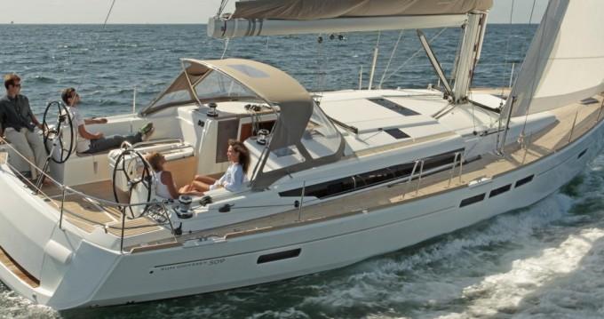 Boat rental Lidingö cheap Sun Odyssey 509