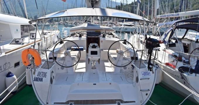 Rent a Bavaria Cruiser 46 Zaton