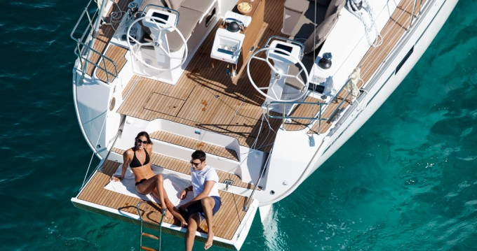 Boat rental Praslin Island cheap Cruiser 46