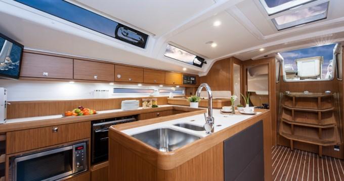 Boat rental Saint-Mandrier-sur-Mer cheap Cruiser 56