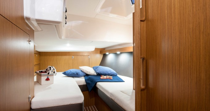 Rental Sailboat in Saint-Mandrier-sur-Mer - Bavaria Cruiser 56