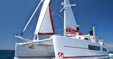 Boat rental Raiatea cheap Catana 42