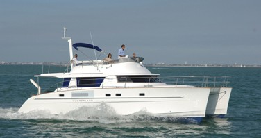 Rental Motorboat in Airlie Beach - Fountaine Pajot Cumberland 46 - 4 cab.