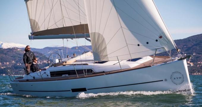 Rental Sailboat in Zaton - Dufour Dufour 310