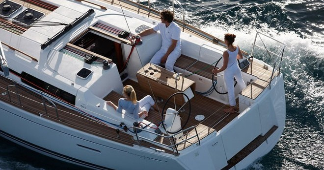 Boat rental Jolly Harbour cheap Dufour 405 GL