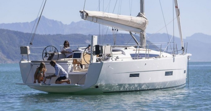 Dufour Dufour 430 GL between personal and professional Scrub Island