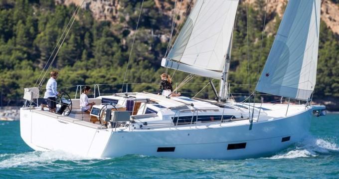 Rental Sailboat in Saltsjöbaden - Dufour Dufour 430 GL