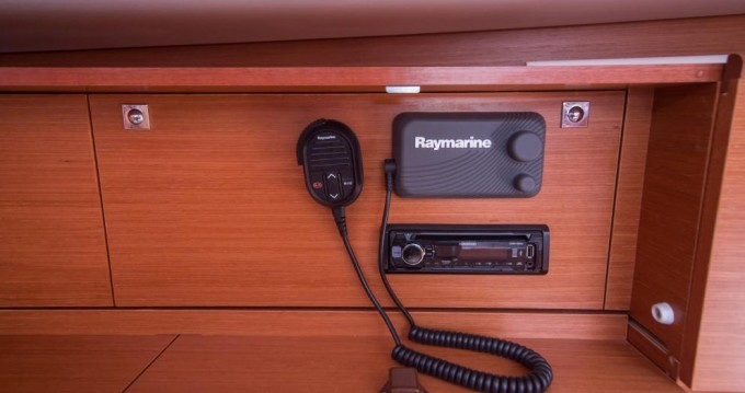 Rental yacht Pomer - Dufour Dufour 460 Grand Large on SamBoat
