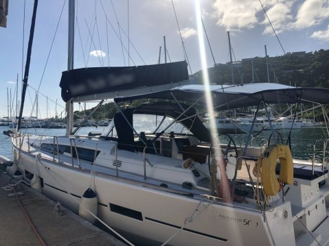 Boat rental Dufour Dufour 500 GL - 5 cab. in Le Marin on Samboat