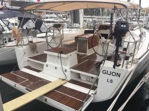Rent a Dufour Dufour 512 Grand Large Marina San Miguel