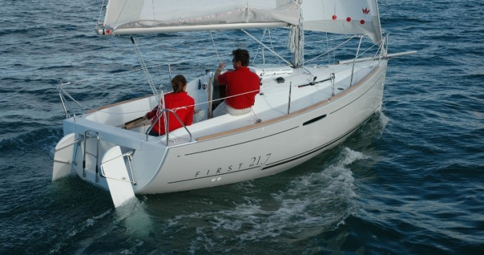 Boat rental La Rochelle cheap First 21.7