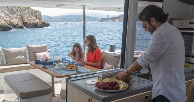 Rental yacht Propriano - Fountaine Pajot Astrea 42 on SamBoat