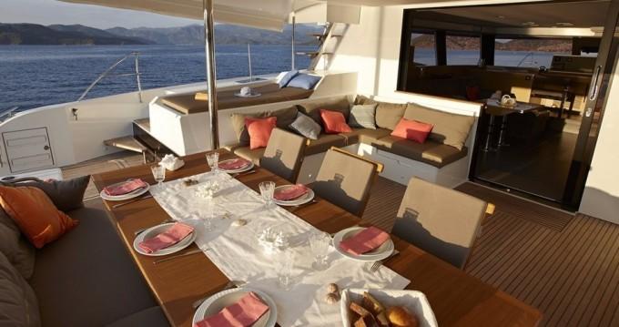 Rental yacht Le Marin - Fountaine Pajot Fountaine Pajot Ipanema 58 - 6 + 2 cab. on SamBoat