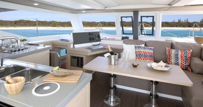 Rental yacht Praslin Island - Fountaine Pajot Lucia 40 on SamBoat