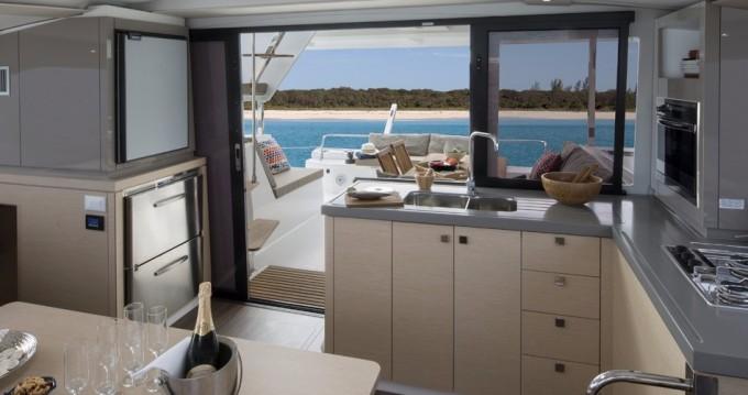 Boat rental Bas du Fort cheap Lucia 40