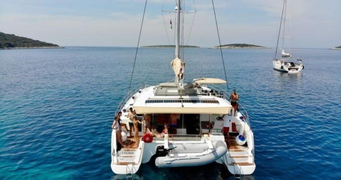 Boat rental Fountaine Pajot Saba 50 in Seget Donji on Samboat