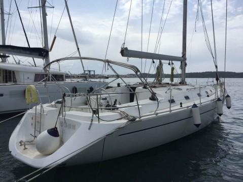 Boat rental Alimos cheap Harmony 52