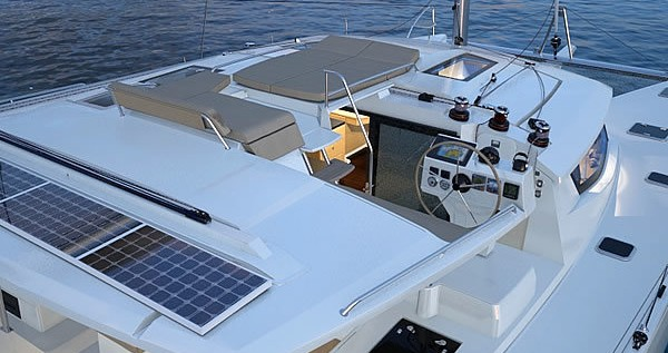 Hire Catamaran with or without skipper Fountaine Pajot Pomer