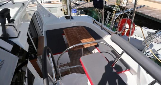 Rental yacht Nassau - Lagoon Lagoon 380 on SamBoat
