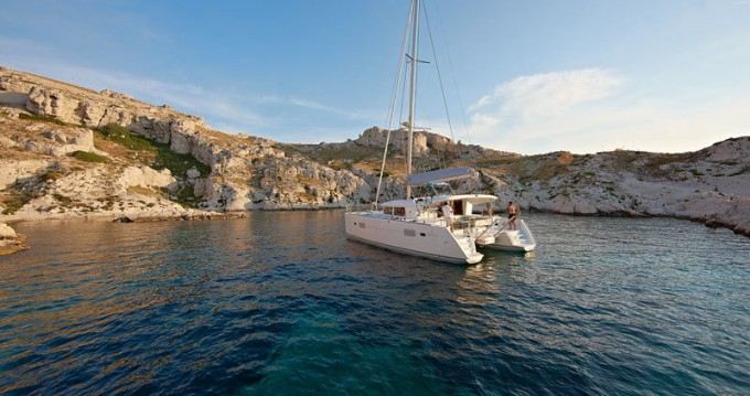 Boat rental Komolac cheap Lagoon 400 S2
