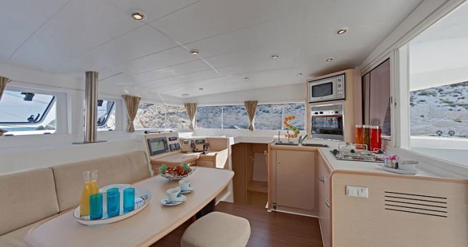 Boat rental Zaton cheap Lagoon 400 S2