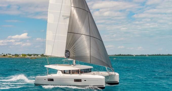 Boat rental Paros Island cheap Lagoon 42
