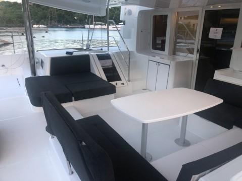 Rental yacht La Paz - Lagoon Lagoon 52 F on SamBoat