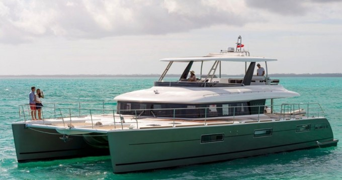 Boat rental Nassau cheap Lagoon 630 - 5 + 2 cab.