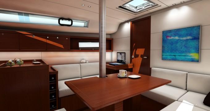 Rental yacht Raiatea - Bénéteau Oceanis 41 on SamBoat