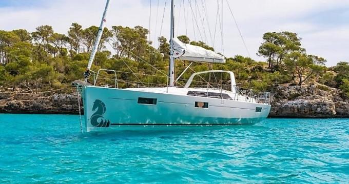 Boat rental Saint-Mandrier-sur-Mer cheap Oceanis 41.1