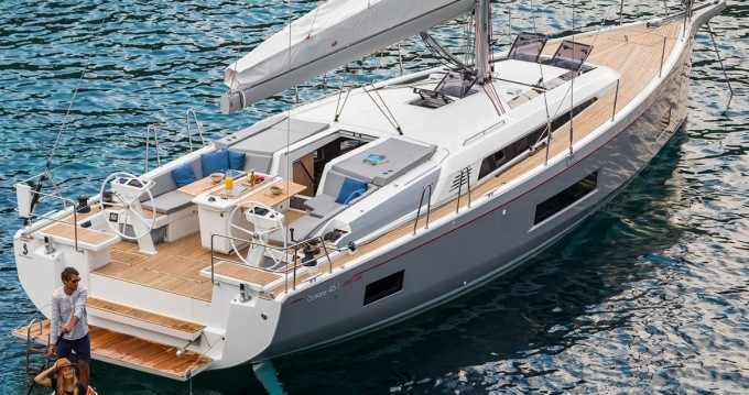 Sailboat for rent Pomer at the best price