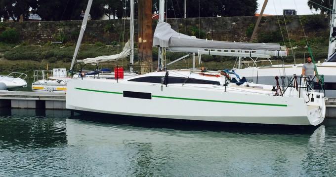 Rental Sailboat in La Rochelle - Rm-Yachts RM 970