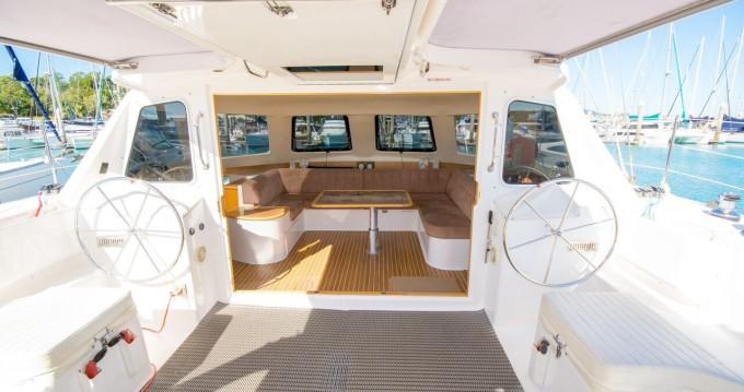 Boat rental Airlie Beach cheap Seawind 1160