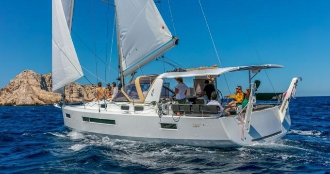 Boat rental Bas du Fort cheap Sun Loft 47 - 6 + 1 cab.