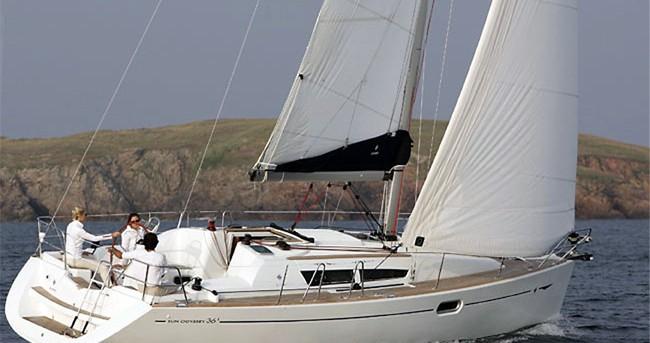 Rental yacht Airlie Beach - Jeanneau Sun Odyssey 36i on SamBoat