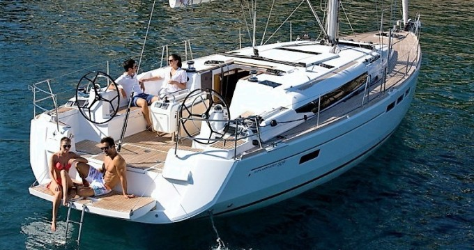 Jeanneau Sun Odyssey 509 between personal and professional Komolac