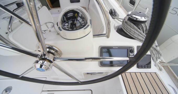 Boat rental Jeanneau Sun Odyssey 509 in Komolac on Samboat