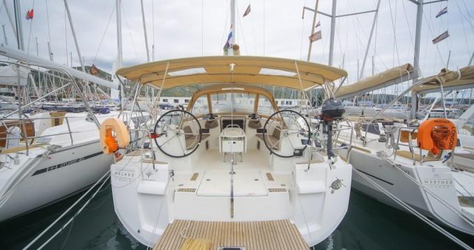 Rental Sailboat in Seget Donji - Jeanneau Sun Odyssey 519