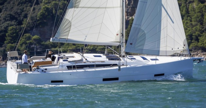 Dufour Dufour 430 between personal and professional Vodice
