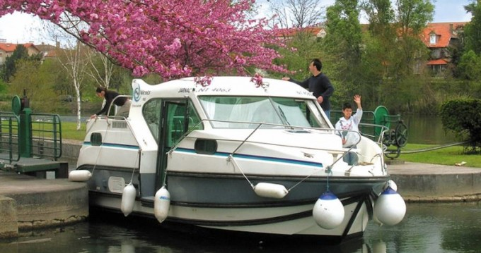 Boat rental Nevers cheap Confort 900 DP