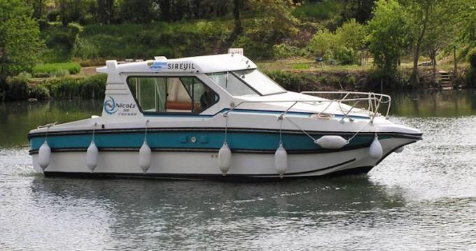 Rental Motorboat in Nevers -  Sedan 800