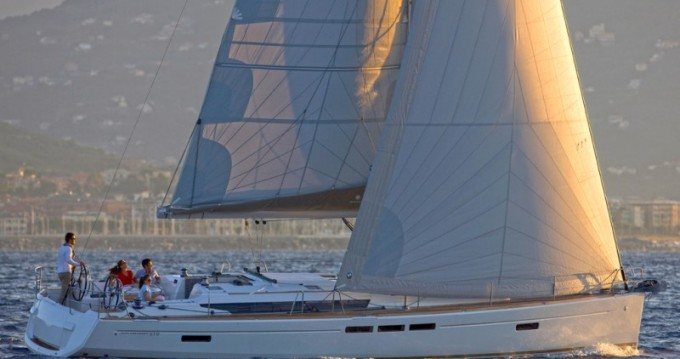 Rental yacht Saint George's - Jeanneau Sun Odyssey 519 on SamBoat