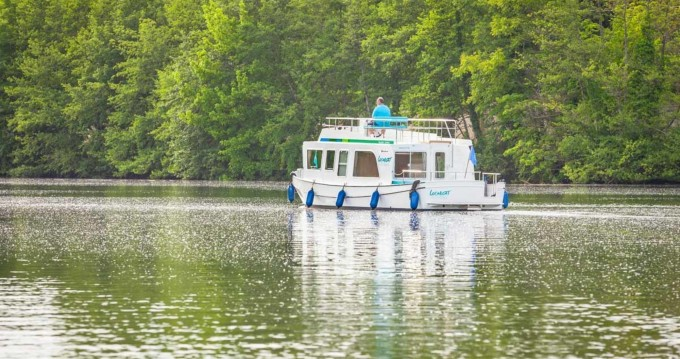 Hire Canal boat with or without skipper Pénichette Evolution Lutzelbourg