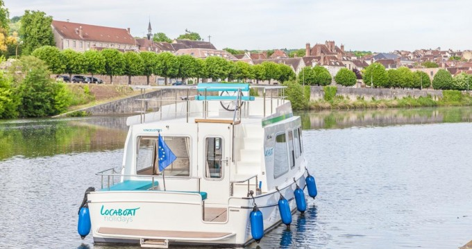 Canal boat for rent Joigny at the best price