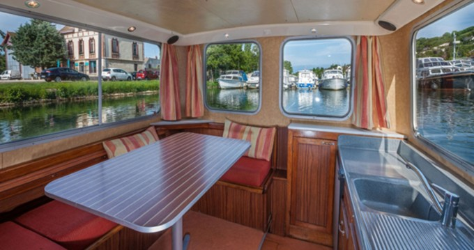 Rental Canal boat Pénichette Classique with a permit