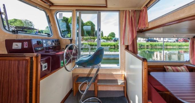 Hire Canal boat with or without skipper Pénichette Classique Dompierre-sur-Besbre